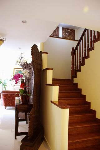 上海罗山别墅-------中西结合,混搭风_调整大小 楼梯1.JPG