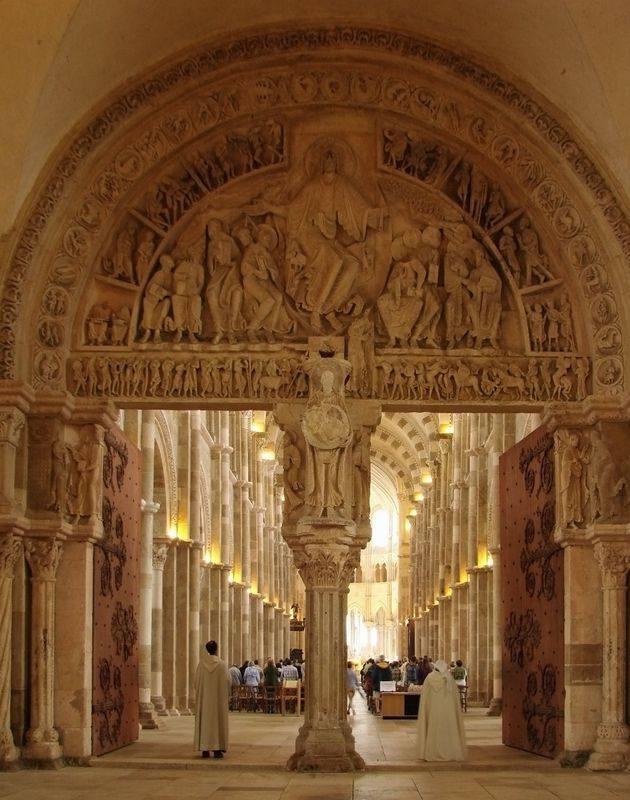 你愿意和我一起走遍世界上的教堂吗?_法国大教堂