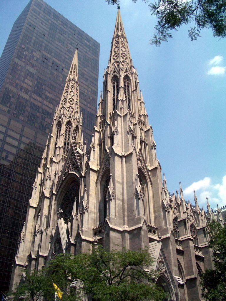 你愿意和我一起走遍世界上的教堂吗?_美国纽约St.Patrick's Cathedral