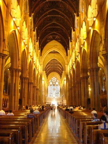 你愿意和我一起走遍世界上的教堂吗?_圣玛丽大教堂.jpg