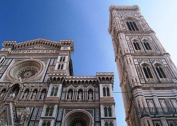 你愿意和我一起走遍世界上的教堂吗?_花之圣母教堂。firenze,在意大利话语中意味花之都.jpg