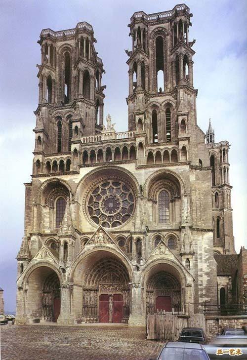 你愿意和我一起走遍世界上的教堂吗?_朗恩大教堂.jpg