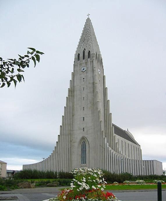 你愿意和我一起走遍世界上的教堂吗?_雷克雅未克大教堂.jpg