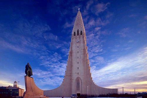 你愿意和我一起走遍世界上的教堂吗?_雷克雅未克大教堂 4.jpg