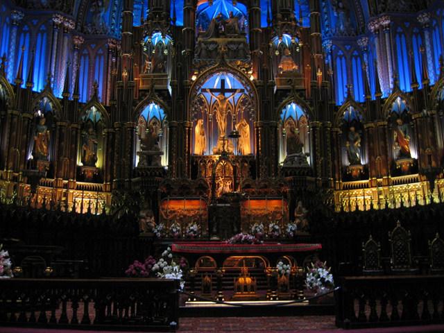 你愿意和我一起走遍世界上的教堂吗?_montreal的圣母大教堂2.jpg