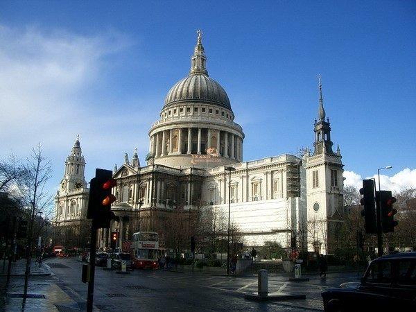 你愿意和我一起走遍世界上的教堂吗?_布尔戈斯大教堂(西班牙).jpg