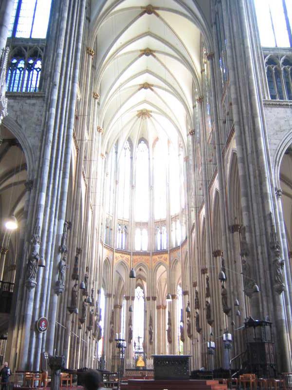 你愿意和我一起走遍世界上的教堂吗?_德国科隆大教堂.jpg
