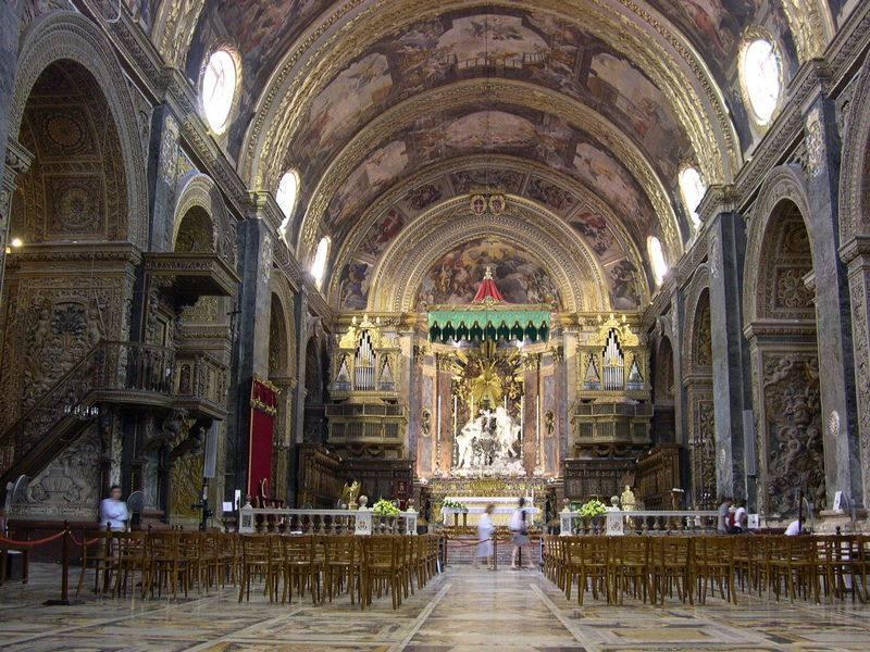 你愿意和我一起走遍世界上的教堂吗?_美国圣约翰大教堂.jpg