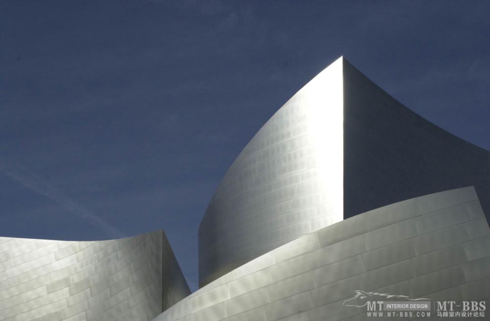 弗兰克·盖里(FrankOwenGehry)_2104-b.jpg