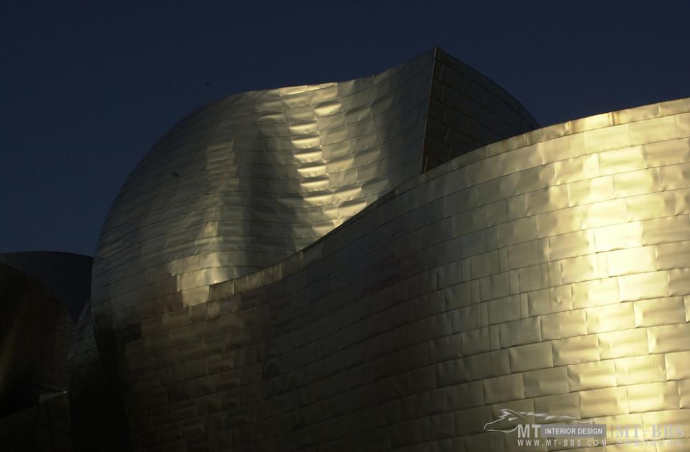 弗兰克·盖里(FrankOwenGehry)_1408-b.jpg