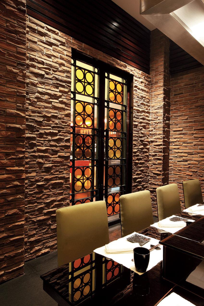 Top restaurant design 高级餐饮空间案例_茵特拉根酒店秋叶日本餐厅 (7).jpg