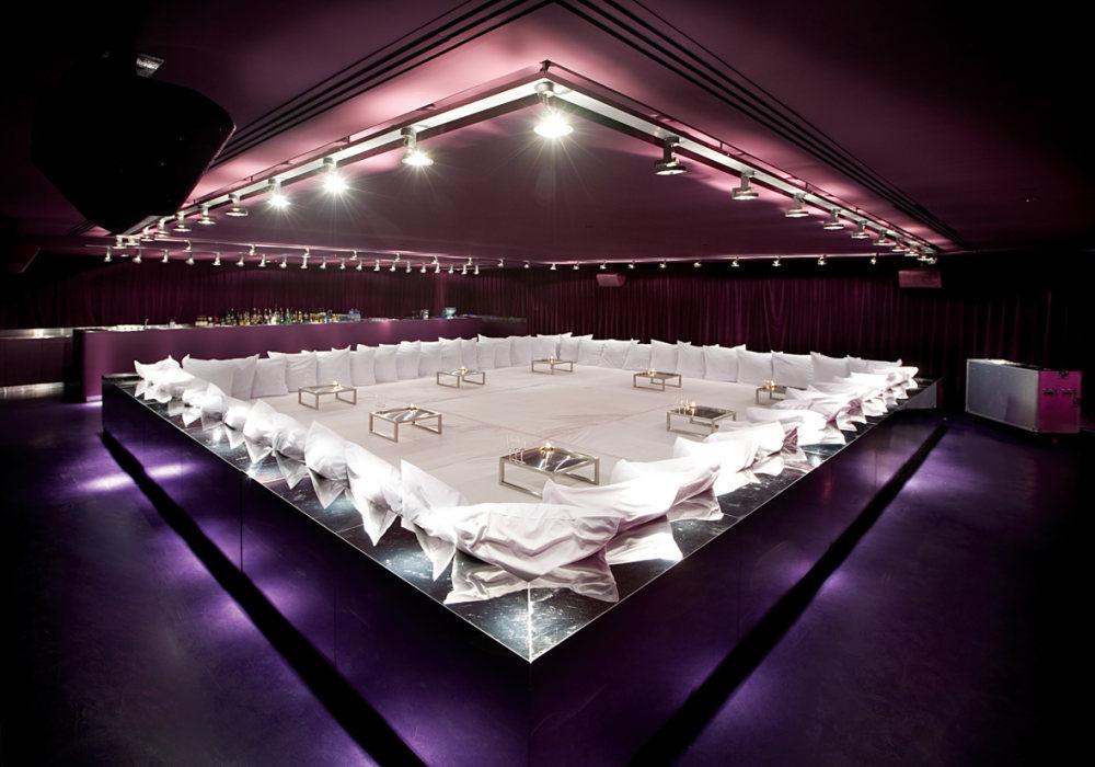 Top restaurant design 高级餐饮空间案例_(谢)presskit 05purple room.jpg
