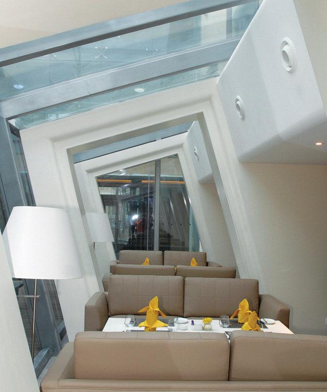 Top restaurant design 高级餐饮空间案例_(谢)茵特拉跟房车酒店 咖啡厅 (11).jpg