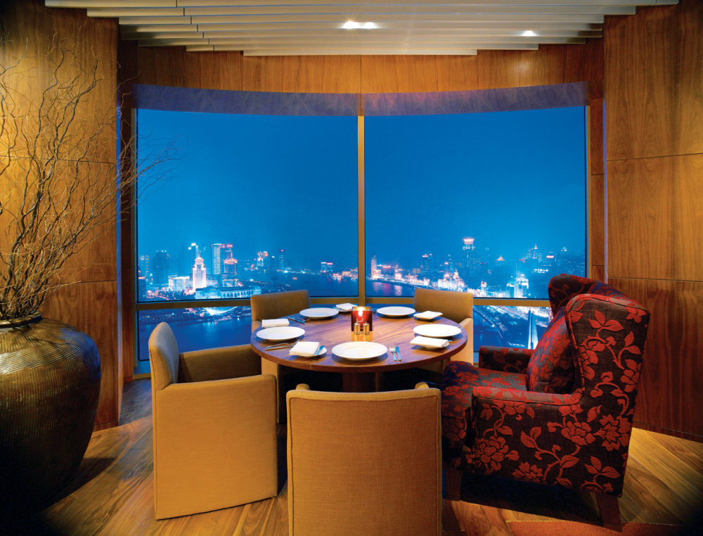 Top restaurant design 高级餐饮空间案例_4餐桌(上海外滩茂悦大酒店)谢.jpg
