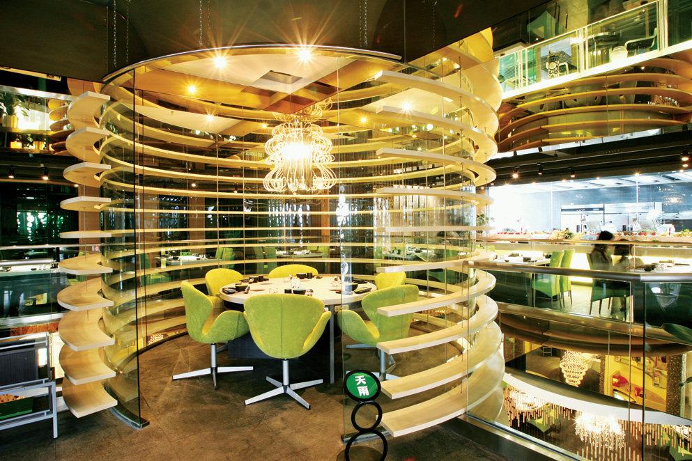 Top restaurant design 高级餐饮空间案例_味腾四海 中庭包间是空间的主角1.jpg