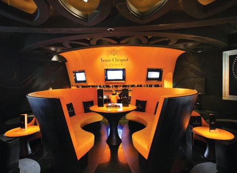 Top restaurant design 高级餐饮空间案例_MGM - Veuve Clicquot Lounge (Inside).jpg