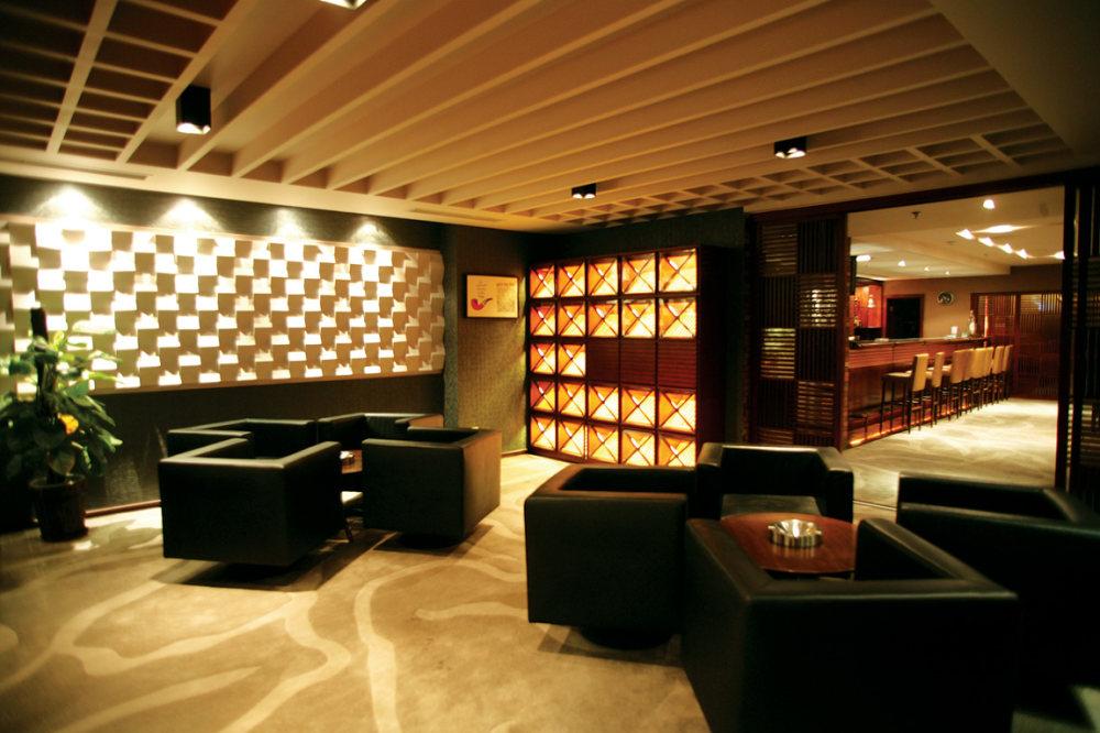 Top restaurant design 高级餐饮空间案例_(谢)北京锋尚会所案例  雪茄吧.jpg