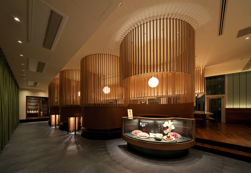 Top restaurant design 高级餐饮空间案例_(谢)Yoshimitsu entrance & approach.jpg