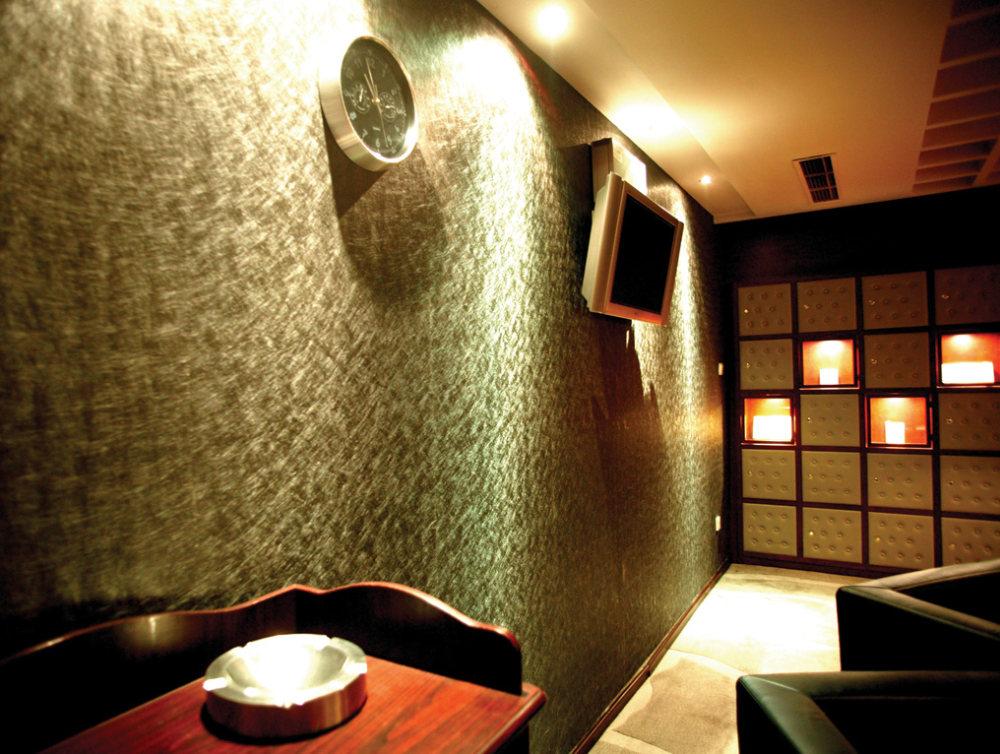 Top restaurant design 高级餐饮空间案例_(谢)北京锋尚会所案例  雪茄吧一角.jpg