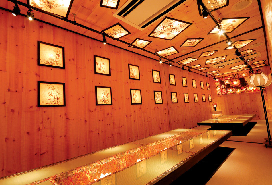 Top restaurant design 高级餐饮空间案例_(谢) sakafune05.jpg