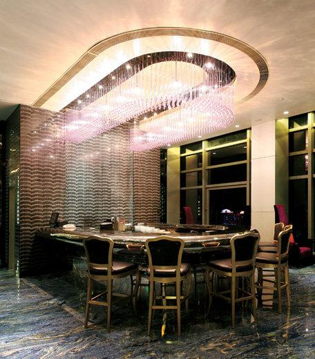 Top restaurant design 高级餐饮空间案例_(谢)空中一号 28楼酒吧.jpg