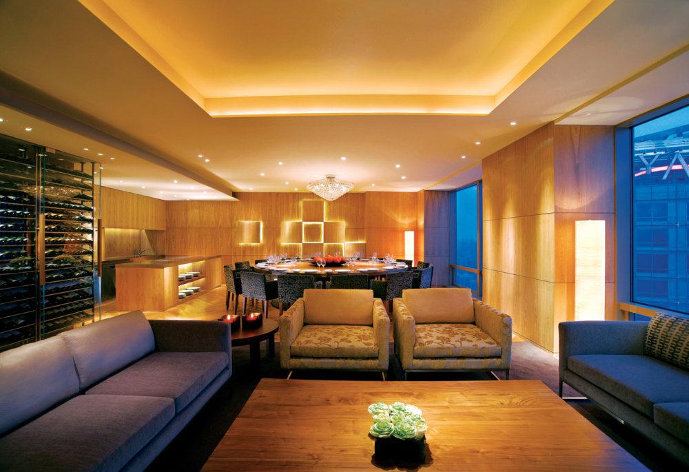 Top restaurant design 高级餐饮空间案例_4西式包房(上海外滩茂悦大酒店)谢.jpg