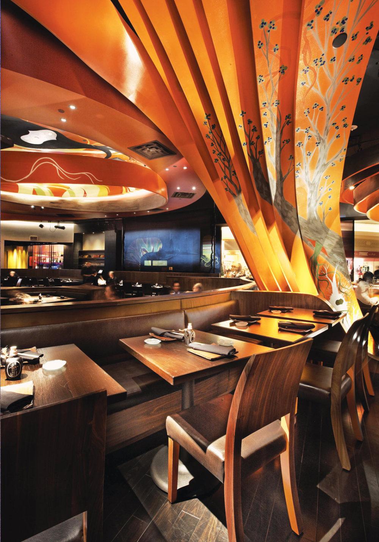Top restaurant design 高级餐饮空间案例_(谢)Sushi_Samba_under_arch.jpg