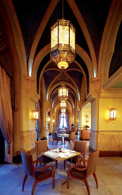 Top restaurant design 高级餐饮空间案例_餐厅1(阿布扎比凯宾斯基酒店)谢.jpg