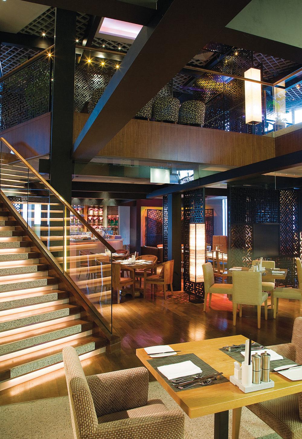 Top restaurant design 高级餐饮空间案例_卢丽丽-深圳福田香格里拉大酒店1.jpg