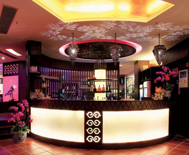 Top restaurant design 高级餐饮空间案例_(谢)岳阳餐厅 c.jpg