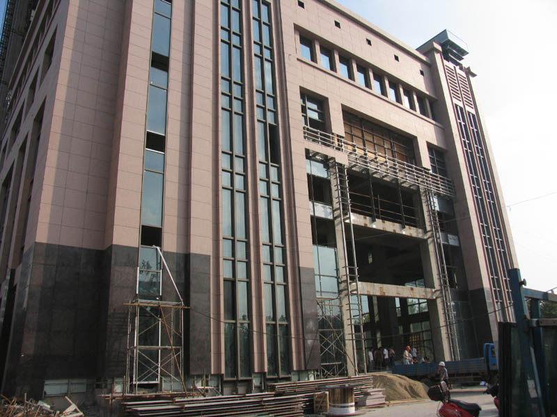 东方豪庭酒店的施工完整过程_1189747337.jpg