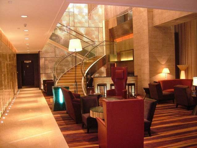 东方豪庭酒店的施工完整过程_1190343306.jpg
