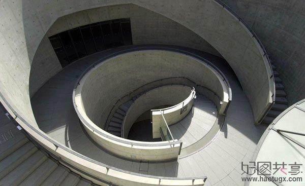 从未受过正规科班教育建筑师----安藤忠雄_00290236.jpg