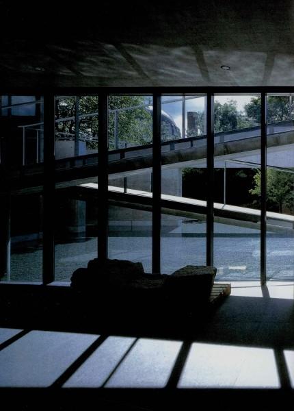 从未受过正规科班教育建筑师----安藤忠雄_1008010528d2b81d10ec2b640b_jpg_thumb.jpg