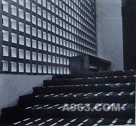 从未受过正规科班教育建筑师----安藤忠雄_200903281044471.jpg