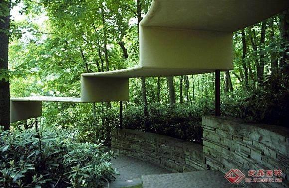 本世纪美国的一位最重要的建筑师----流水别墅_01080948529731798.jpg