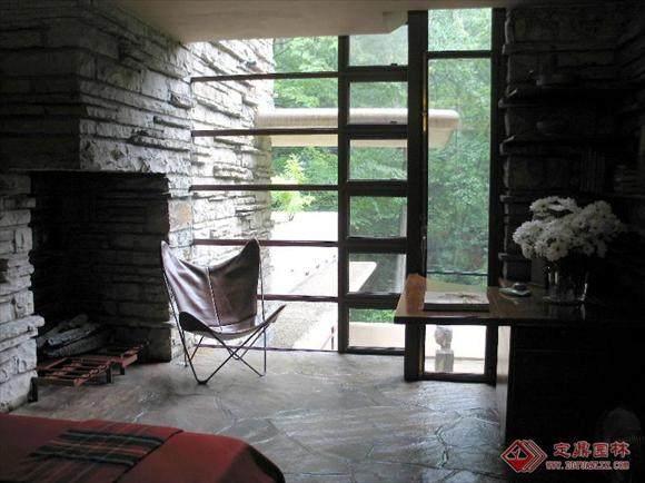 本世纪美国的一位最重要的建筑师----流水别墅_01081348360454571.jpg