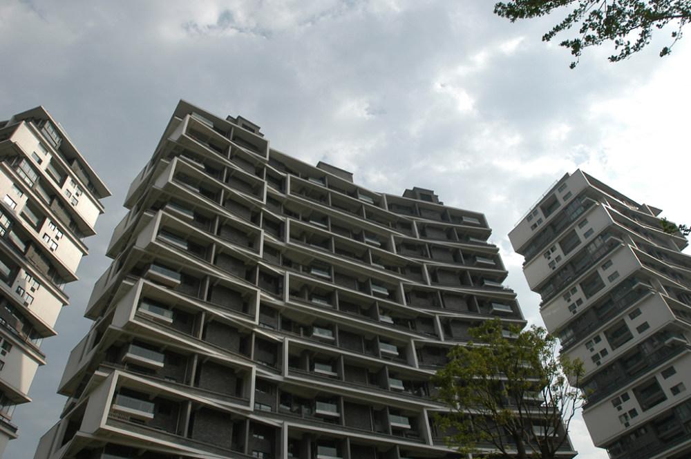 王澍作品集_wang-shu-vertical-courtyard-02.jpg