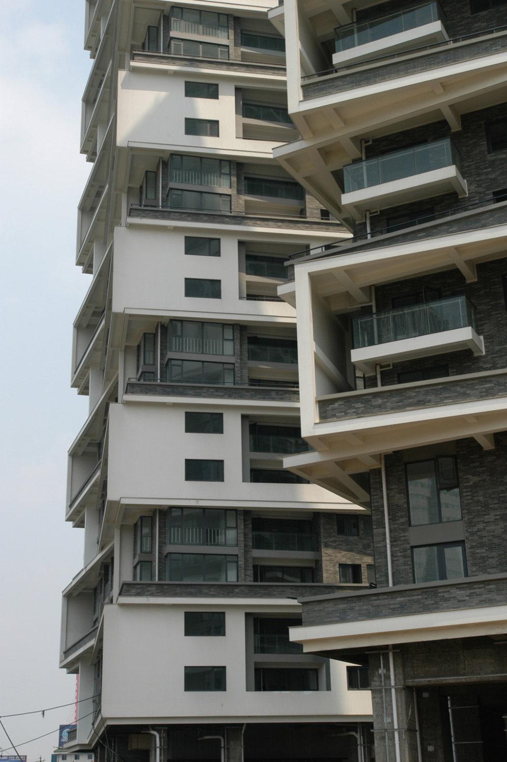 王澍作品集_wang-shu-vertical-courtyard-04.jpg