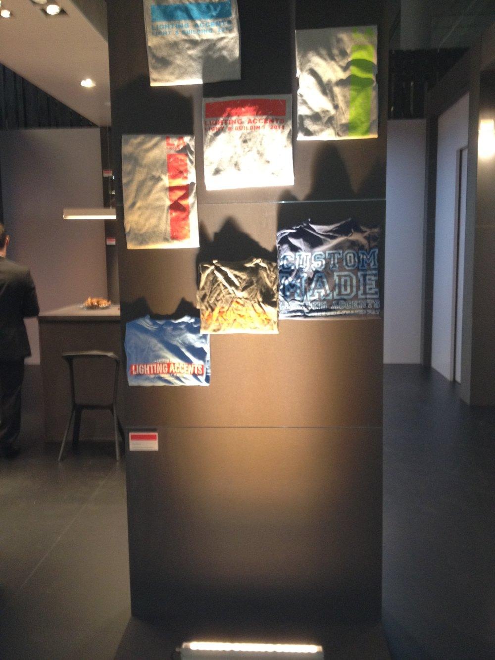 2012法兰克福照明展精华图片(申请精华)_从下往上洗光的效果.JPG