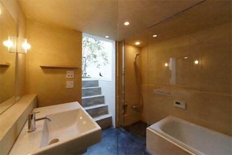 minna-no-ie-house-bathroom.jpg