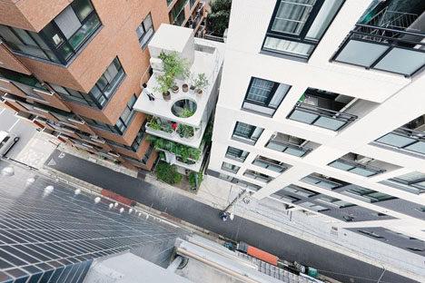 urban-vertical-residence.jpg