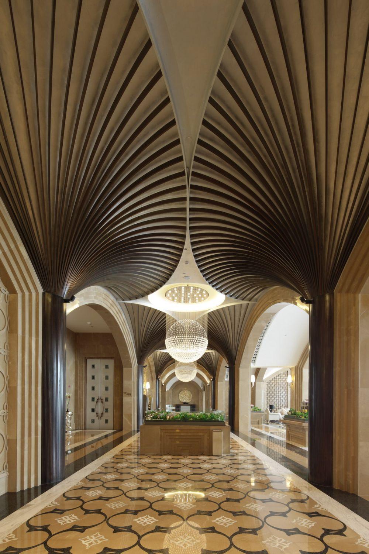 琚宾 2011年设计作品集_天穹7-会所公共区走廊角度一.jpg