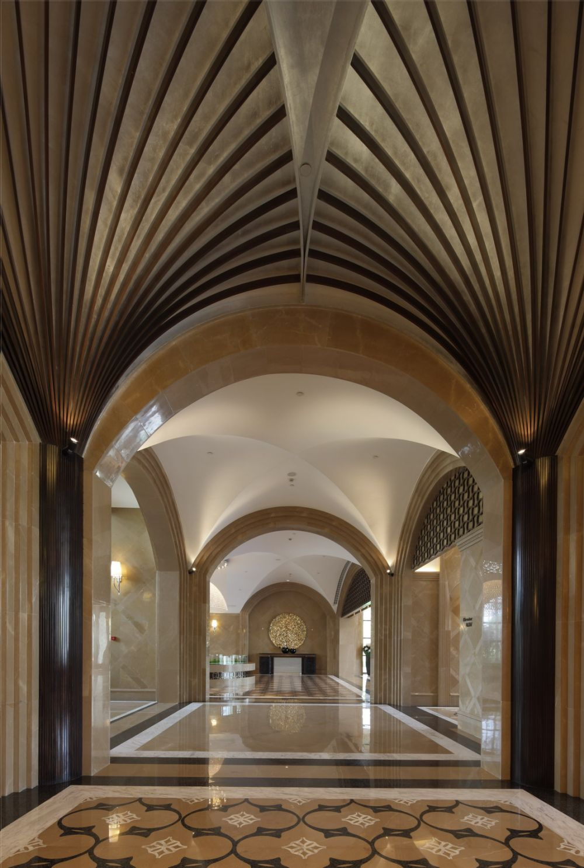 琚宾 2011年设计作品集_天穹9-会所公共区走廊角度二.jpg