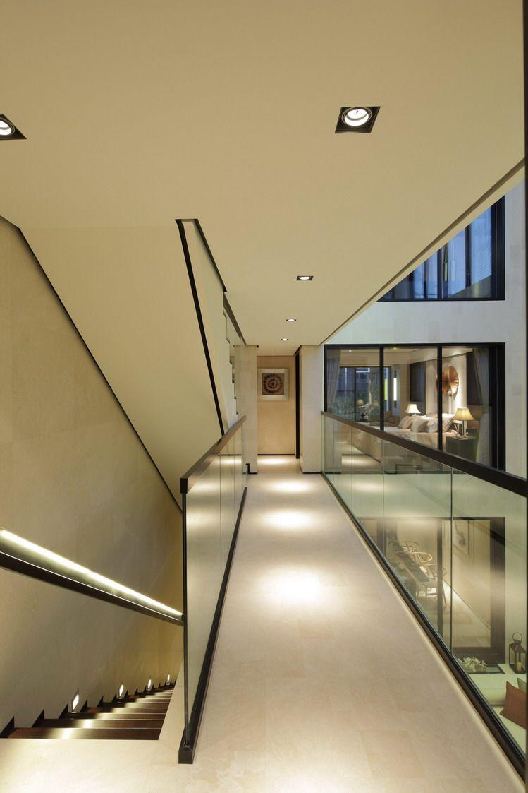 琚宾 2011年设计作品集_2楼走道2.jpg