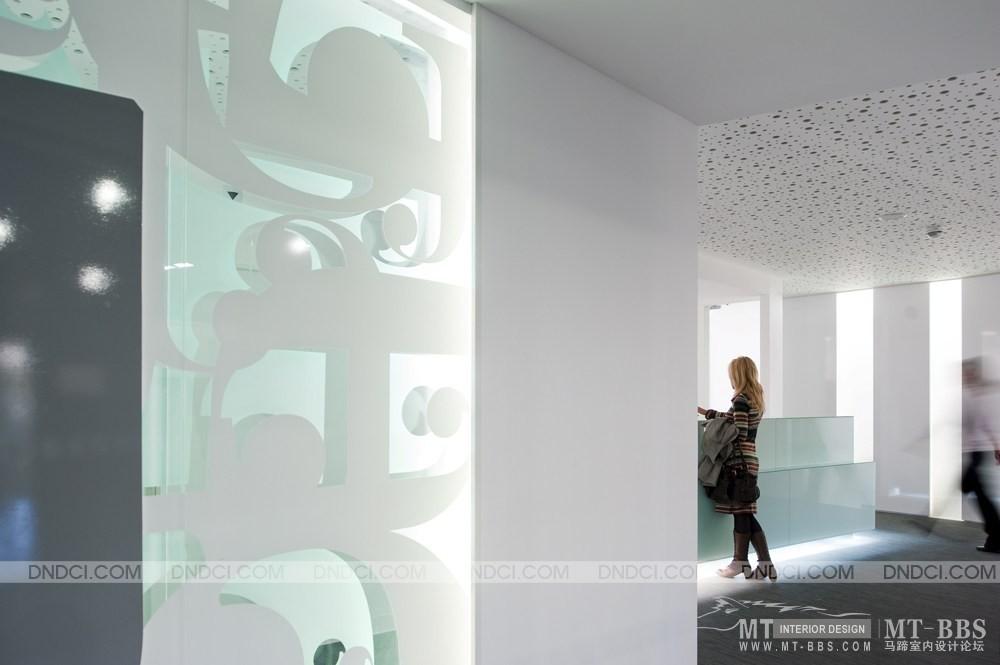 葡萄牙里斯本Clinica Jardim牙科医疗保健办公室_MD51d57e40249993821.jpg