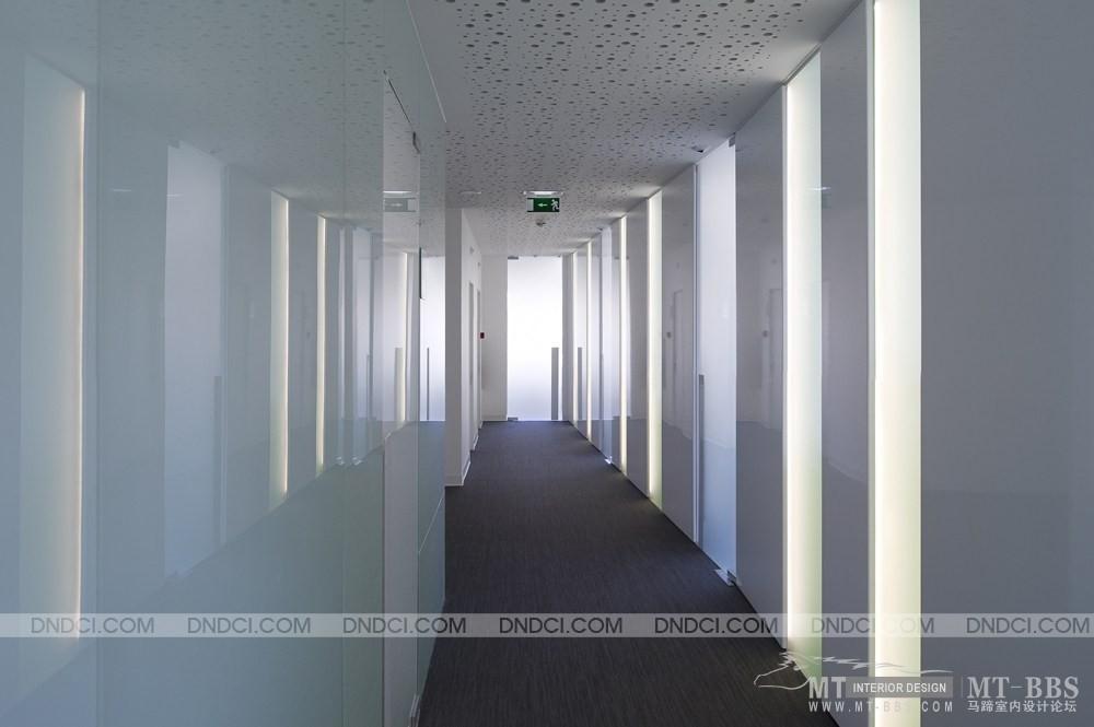 葡萄牙里斯本Clinica Jardim牙科医疗保健办公室_MD511d8eb816a1506c2.jpg