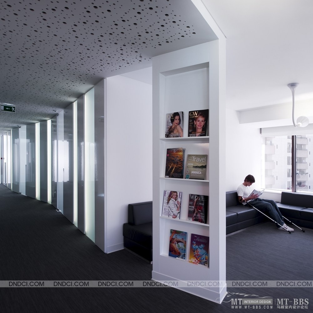 葡萄牙里斯本Clinica Jardim牙科医疗保健办公室_MD5d1884b6f4cc5f54e.jpg