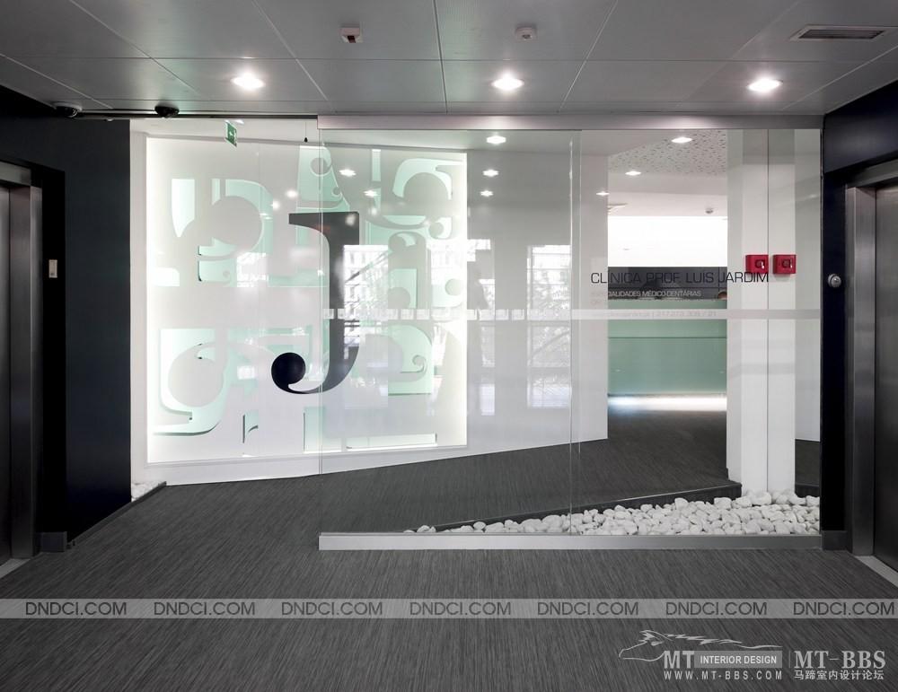 葡萄牙里斯本Clinica Jardim牙科医疗保健办公室_MD5d14cb1332f7f8168.jpg