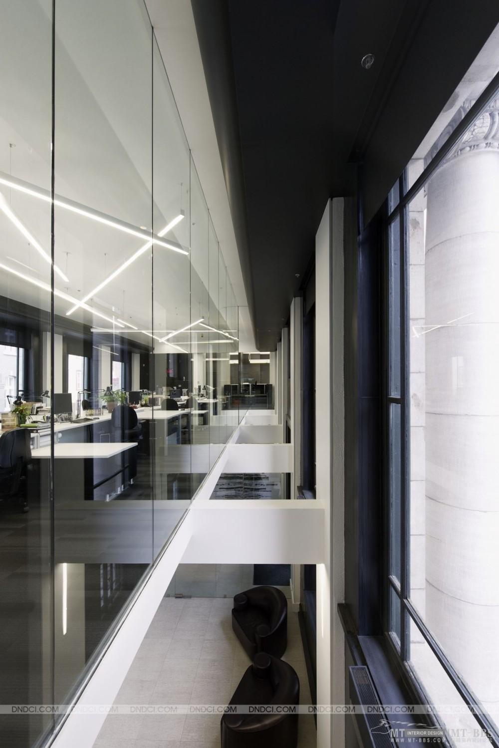 加拿大LEMAYMICHAUD设计公司的办公室_MD5de0ea395e5e96c19.jpg